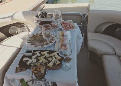 cena en barco