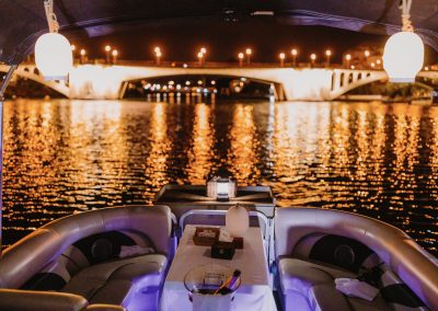 barco en sevilla esturión tours